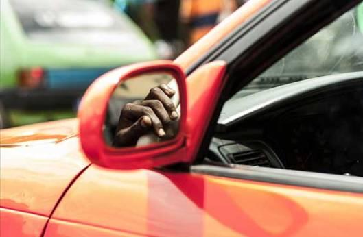 taxi-compteur-roule-abidjan
